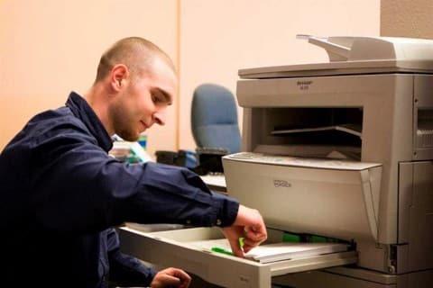 Cách khắc phục sự cố khi máy photocopy bị kẹt giấy